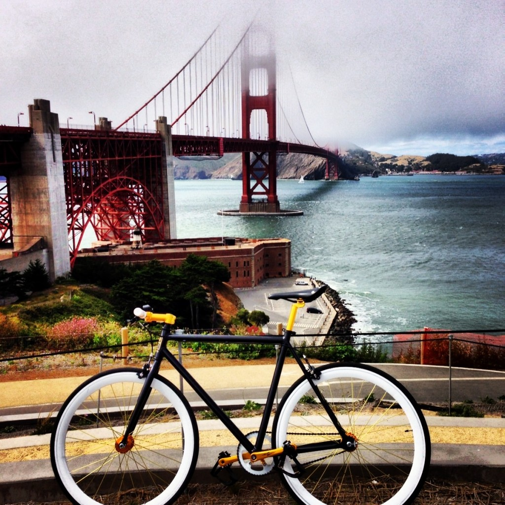 biking-the-golden-gate-single-speed